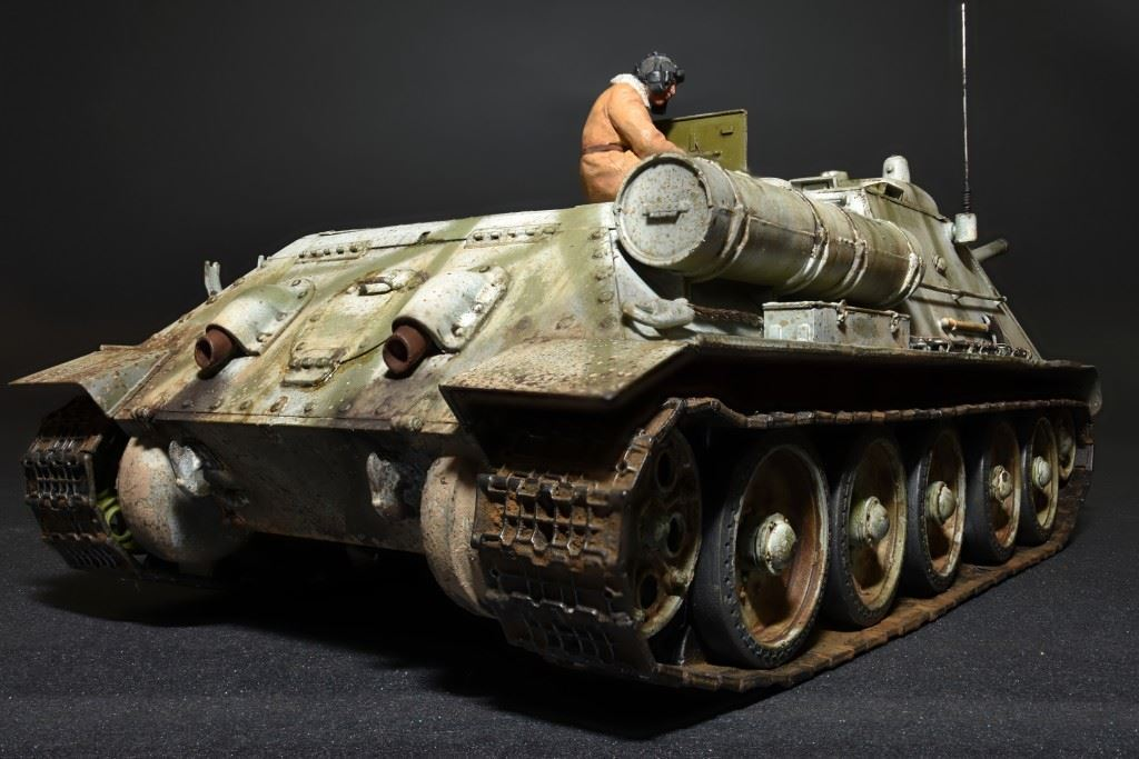 1/35 SU-85 Mod. 1943 (Early Production) w/Crew - Imagen 3